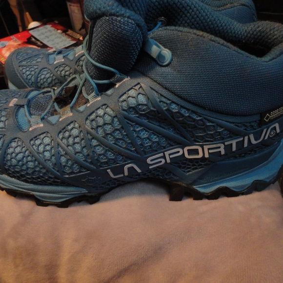 7ff13a2c4b3 La Sportiva Synthesis Mid GTX shoes